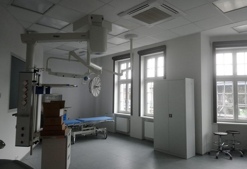 centrum symujlacji medycznej w Zabrzu - sala zabiegowa