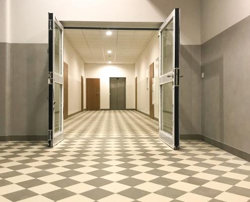Inwestycje - Wydział Zdrowia Publicznego w Bytomiu - korytarz