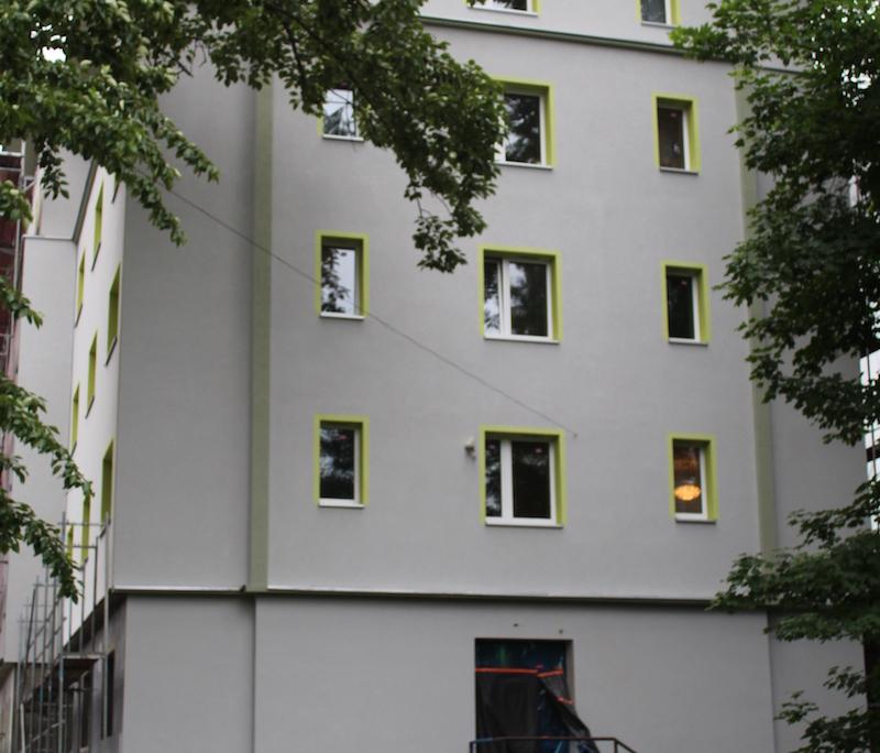 ocieplenie i odnowienie budynków domu studenta w Zabrzu