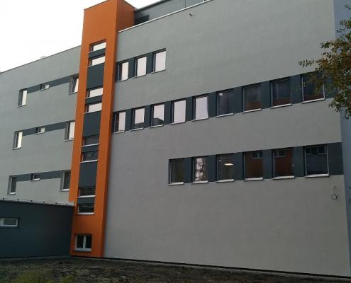 widok budynku z zewnątrz